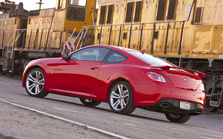 First Test: 2010 Hyundai Genesis Coupe 3.8 Track