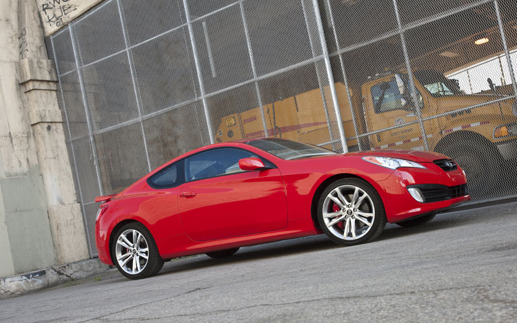 Hyundai Genesis Coupe 3.8 Track: Mustang Fighter Or Cut Price Nissan 370Z?