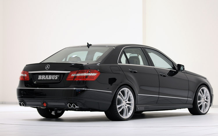 Target AMG Brabus Gives 2010 Mercedes Benz E Class 462 HP 191 MPH Top Speed