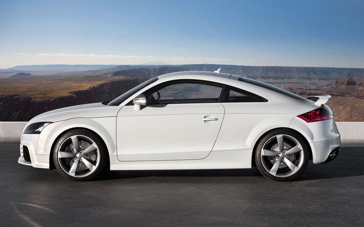 2010 Audi TT RS First Drive - Motor Trend