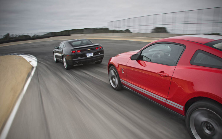 Comparison 2010 Ford Shelby Gt500 Vs 2010 Chevrolet