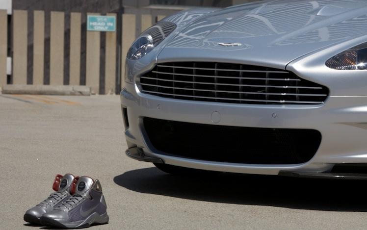 Slam Dunk Driving Shoes Aston Martin Nike To Create Special