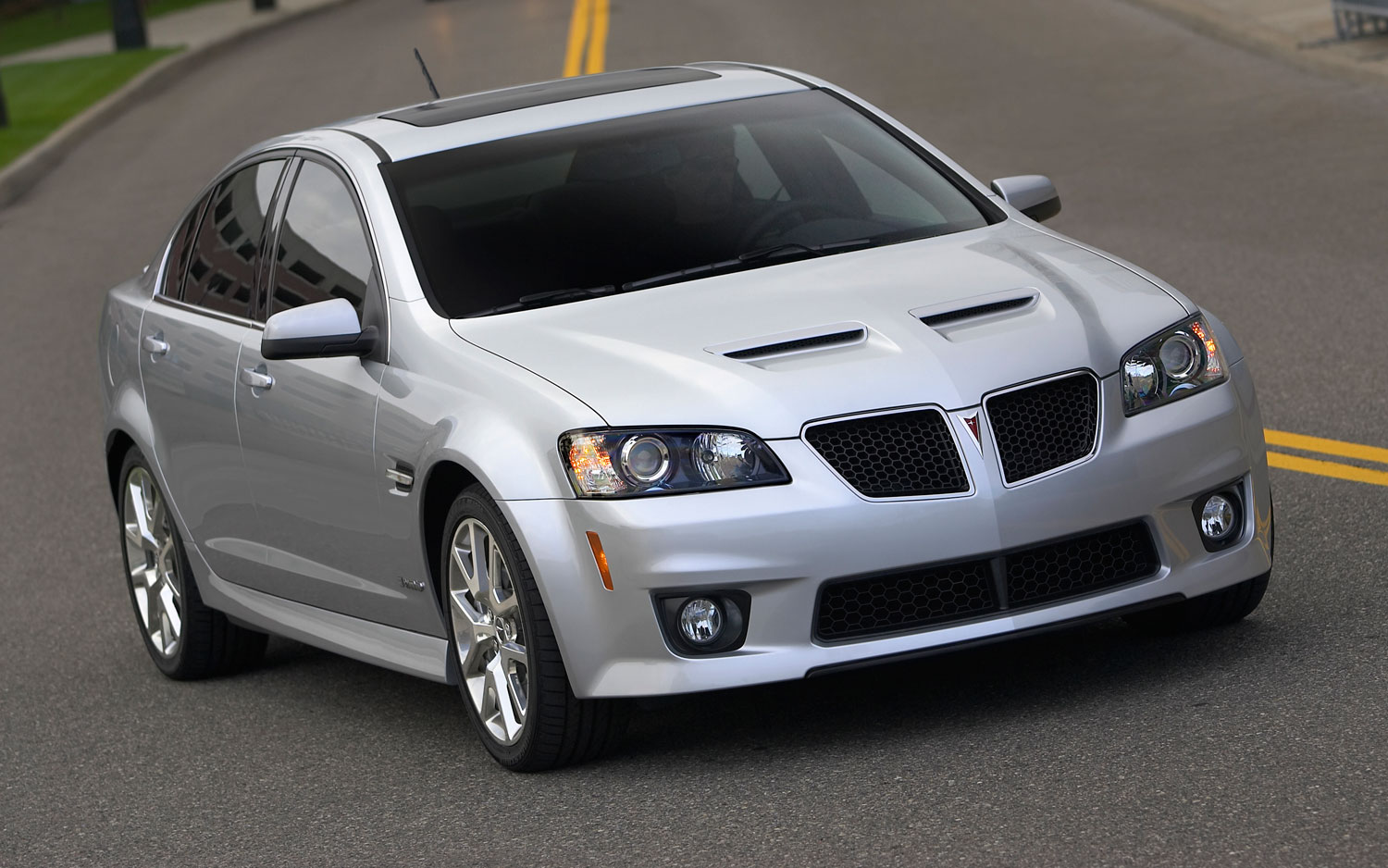 Gm Courting Saturn Pontiac Owners Who Switched To Other Brands
