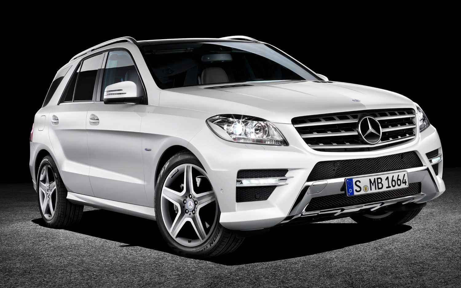 We Hear Mercedes Benz Developing Racy Gls Suv To Fight Bmw X6