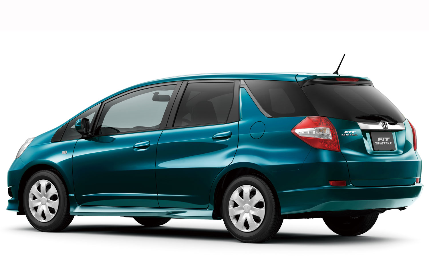Stretched To Fit Honda Fit Shuttle Fit Shuttle Hybrid Debut In