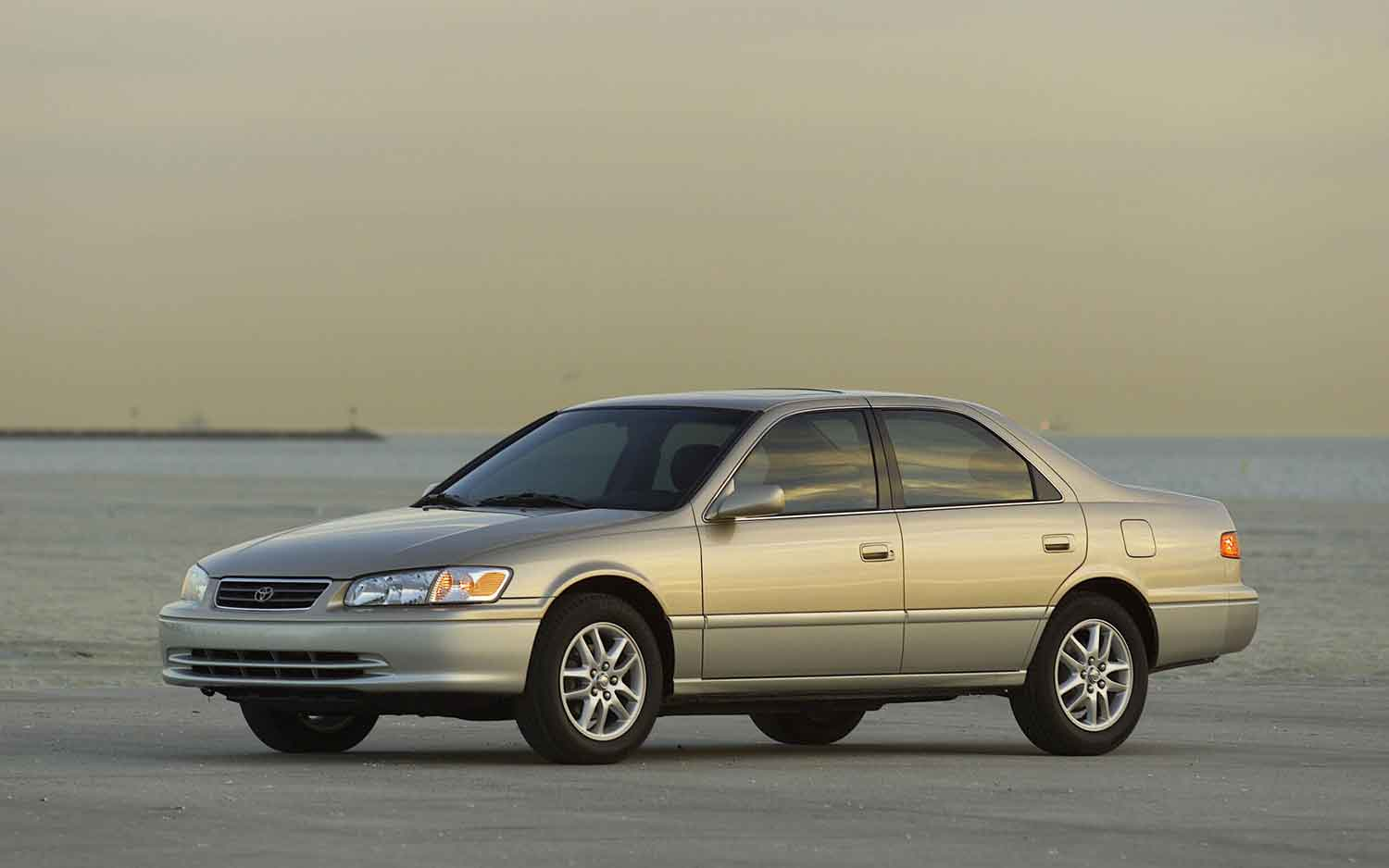 By The Numbers: 1997 2010 Toyota Camry I 4 And V 6
