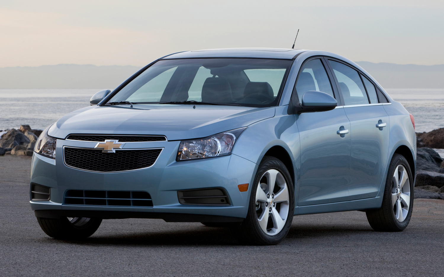 We Hear: 2013 Chevrolet Cruze Diesel Gets 50 MPG, Has Automatic Transmission