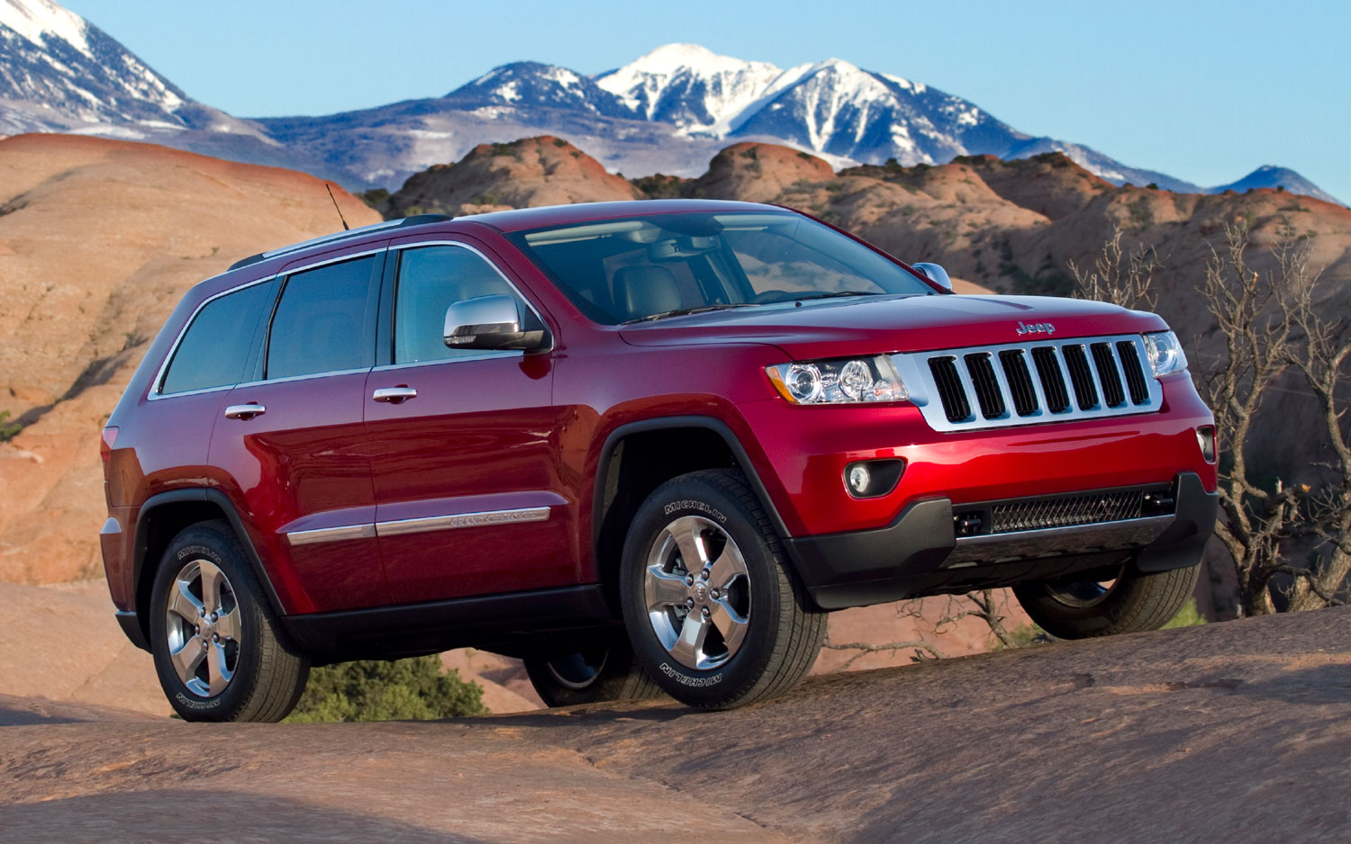 2012 Jeep Grand Cherokee Price Slashed By 3220 Other Chrysler