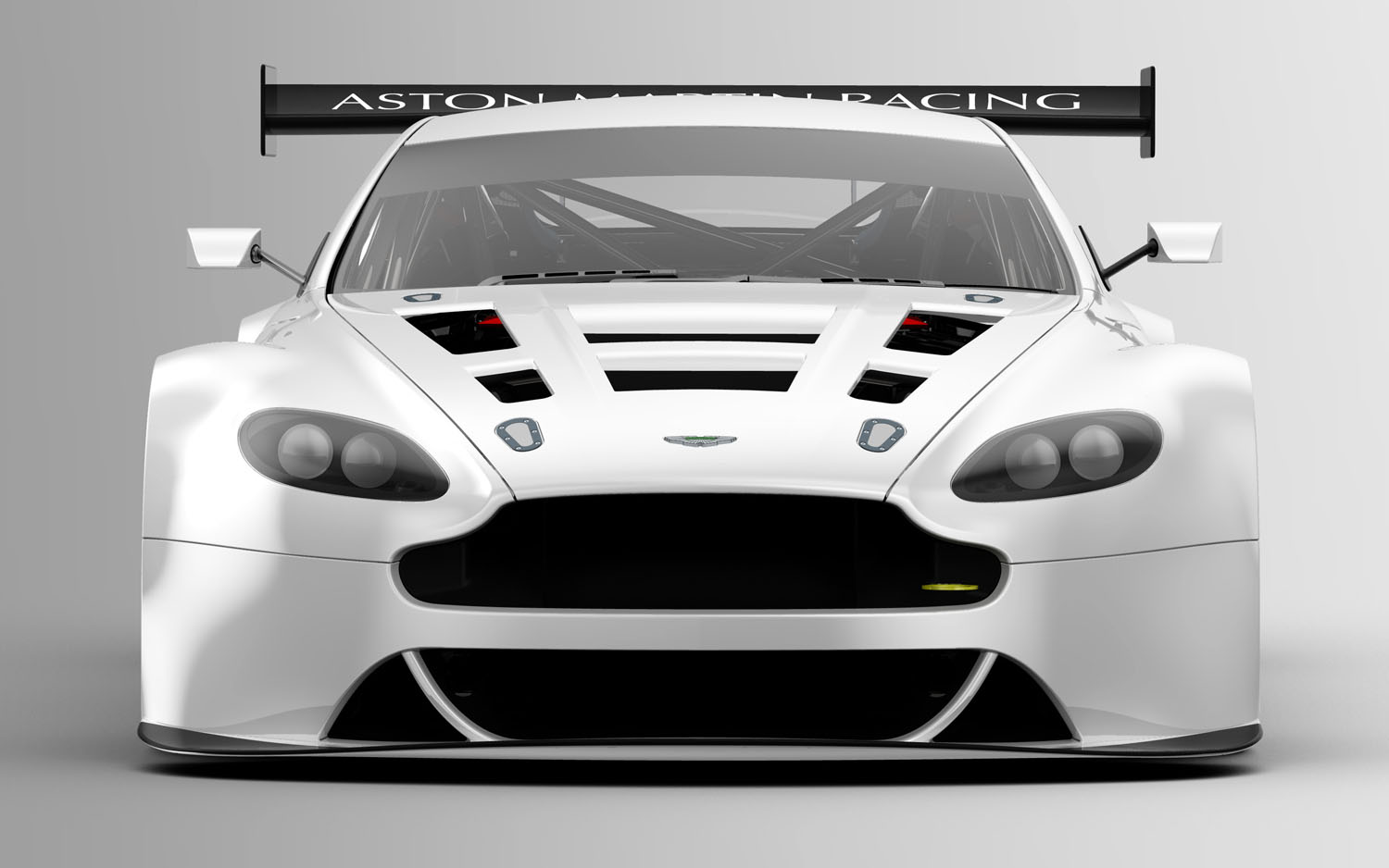 Aston Martin Replaces Dbrs9 With V12 Vantage Gt3 Racer Motor Trend