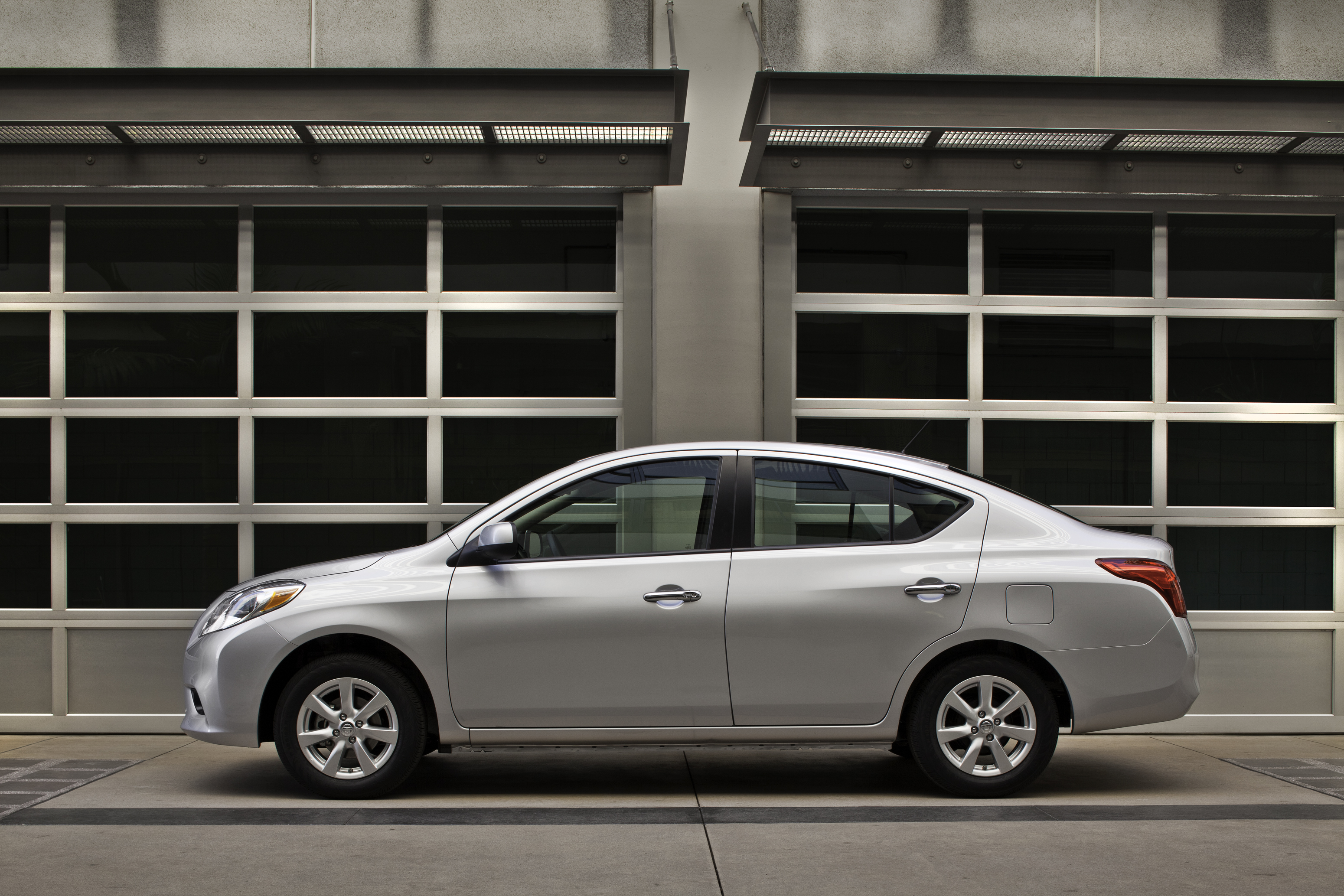 Captivating First Test: 2012 Nissan Versa SL
