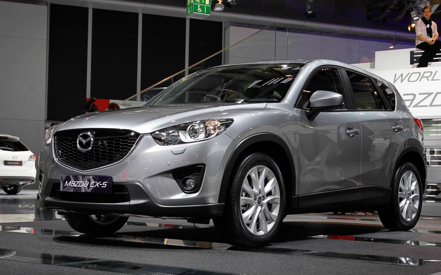 https://enthusiastnetwork.s3.amazonaws.com/uploads/sites/5/2011/08/2013-Mazda-CX-5-Prototype-front-three-quarters.jpg?impolicy=entryimage