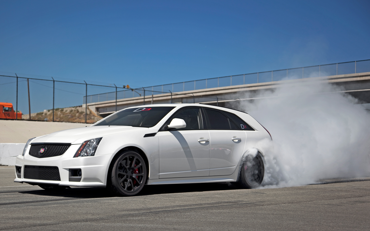 First Test D3 Cadillac Cts V Wagon Motor Trend