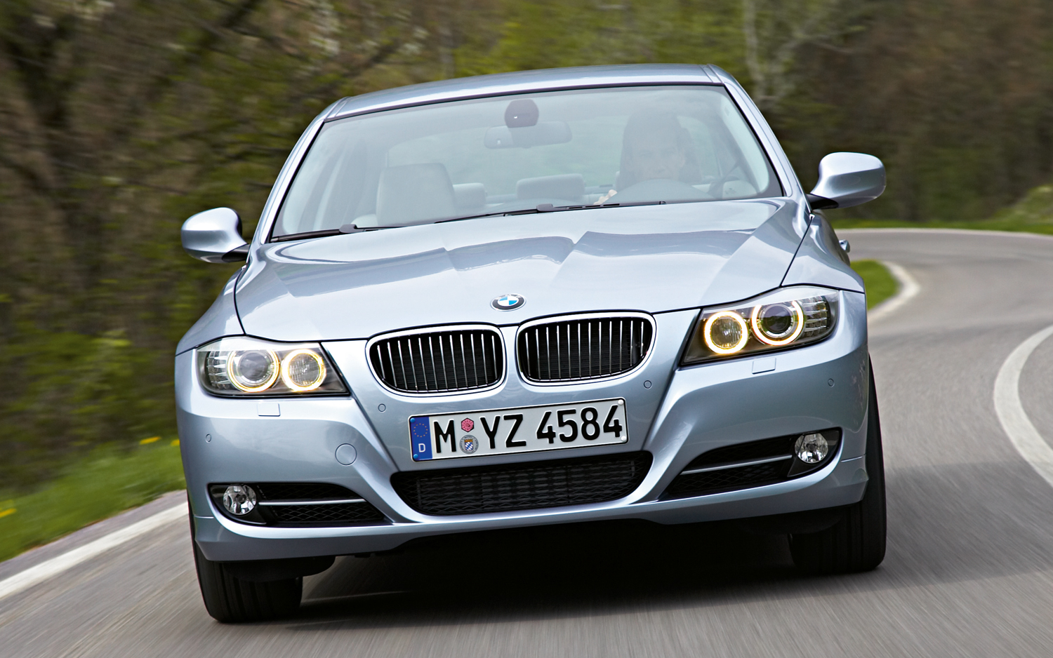 Bmw Ups The Power For 135i And 335i Models With Performance Kits