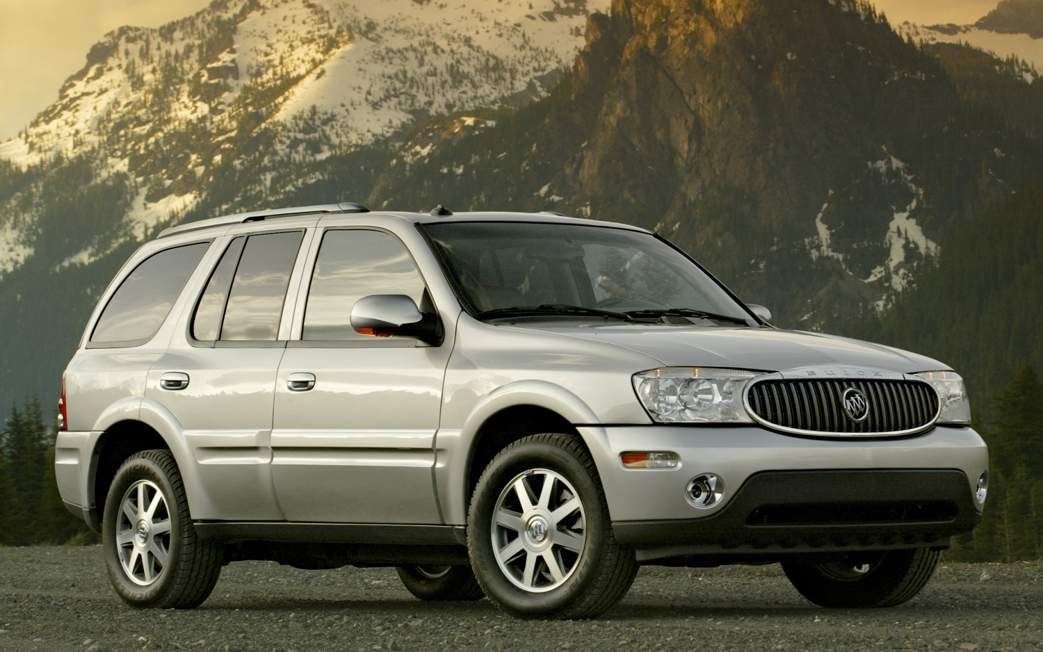 2005 Buick Rainier Suspension Problems Wiring Diagram Gm Will Pay To Repair Faulty Fuel Gauges On 2007 Suvs Motor Trend Rh Motortrend