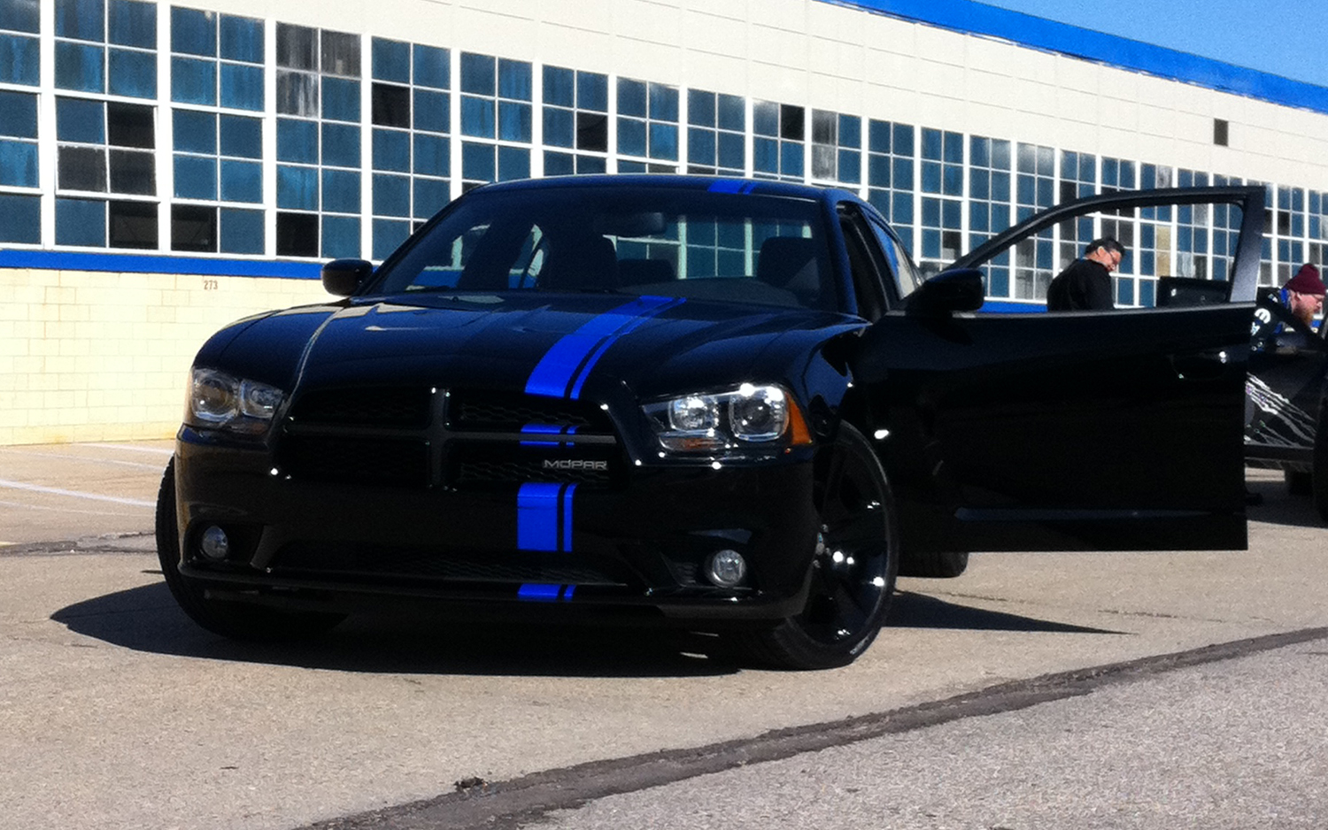 2011 Mopar Dodge Charger R T Limited Edition Stops By Mt