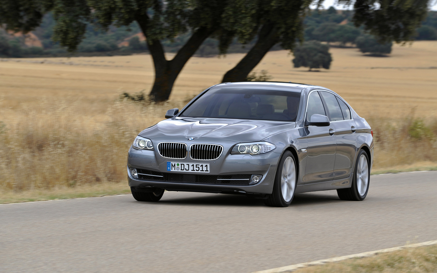 First Drive 2012 Bmw 528i Motor Trend 5 Series