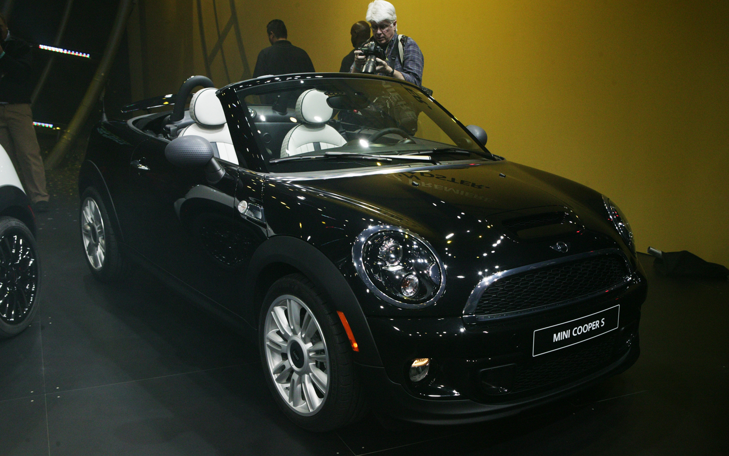2012 Mini Roadster Motortrend