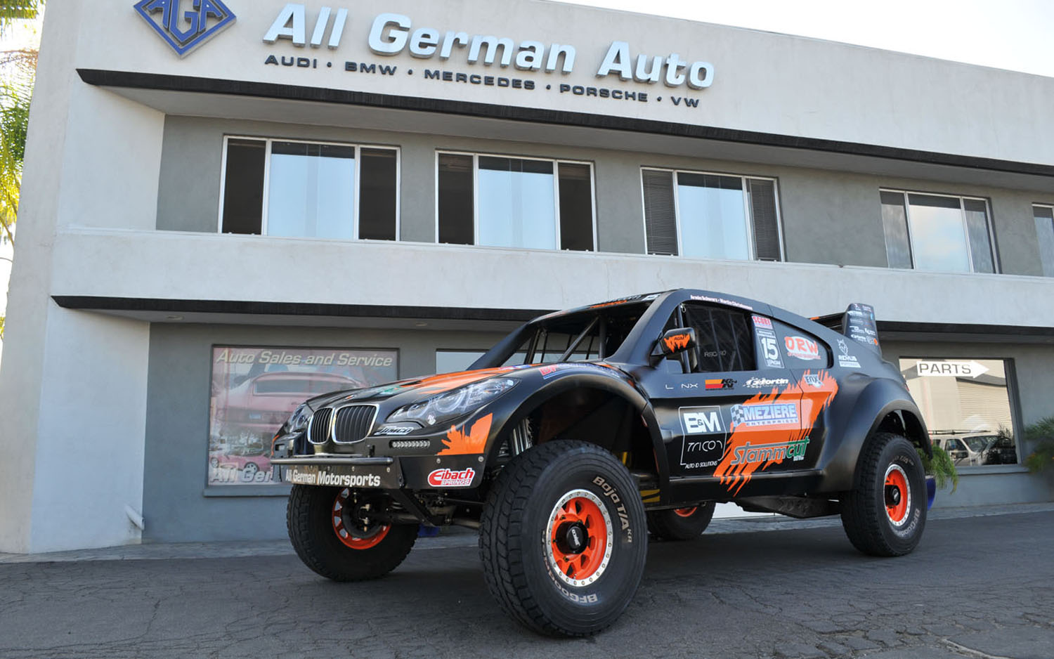 Behold The World S Coolest Bmw X6 Trophy Truck Edition Motor Trend