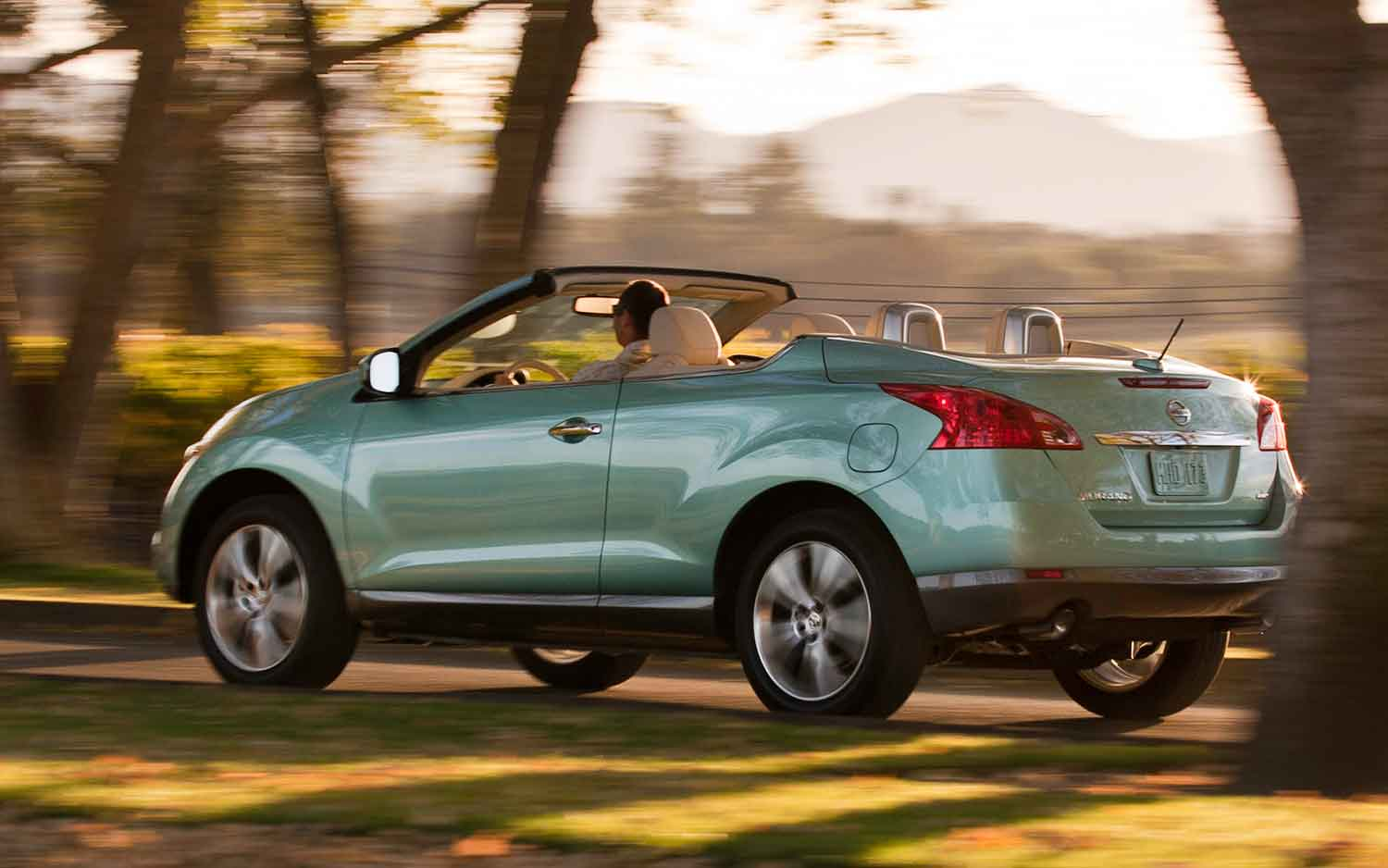 Nissan Compares Murano CrossCabriolet With Z4, Corvette   Would You?
