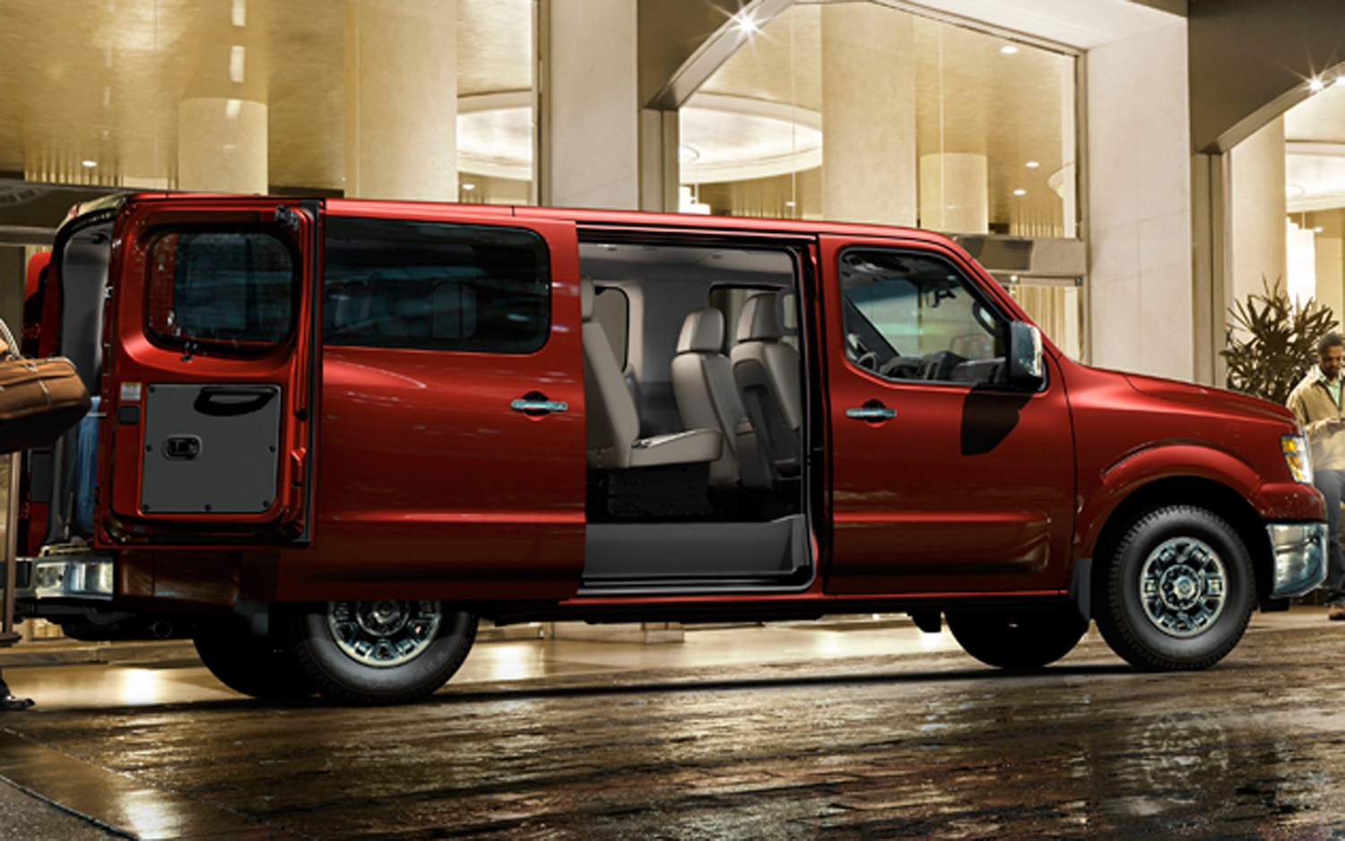 First Look 2012 Nissan Nv 3500 Hd Passenger Van Motortrend