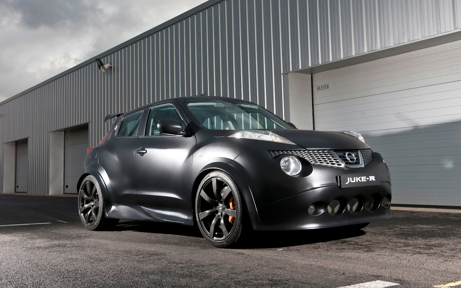 Juke R Specs Revealed, Nissan Claims Worldu0027s Fastest Crossover: 0 62 MPH In  3.7 Seconds