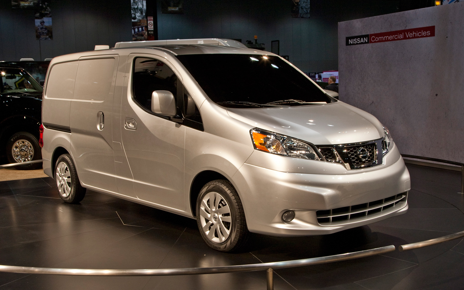 6d994cc4a61ce5 2012 Nissan NV200 - MotorTrend