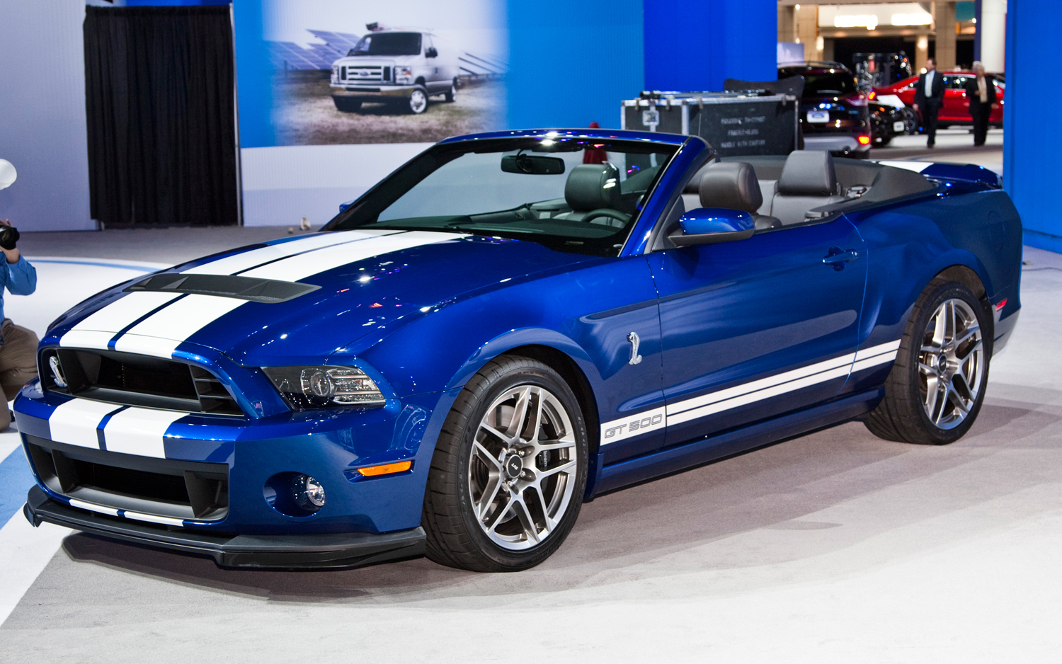 2013 ford shelby gt500 convertible motortrend