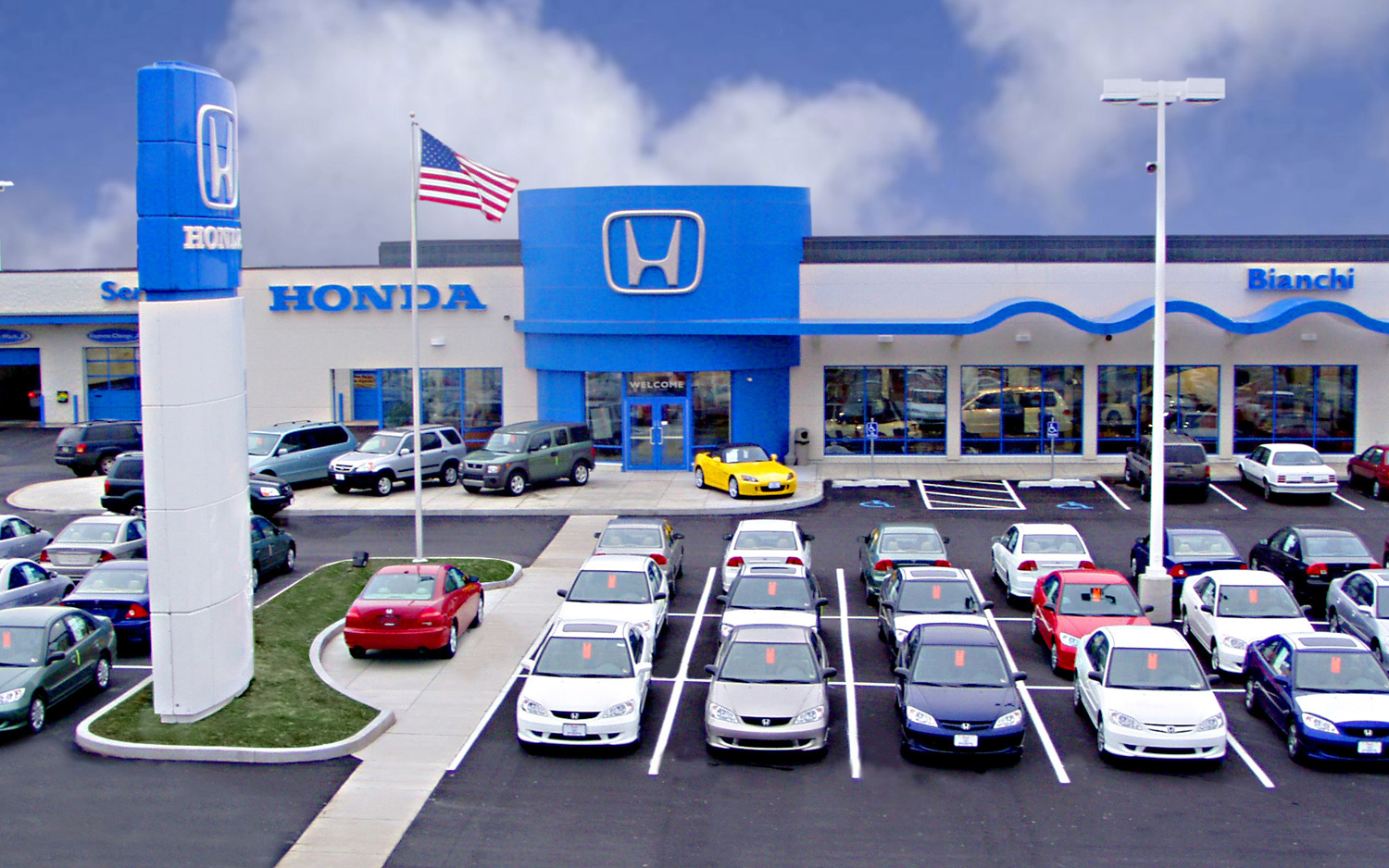 2 | 2. 1 / 2. Honda Dealership