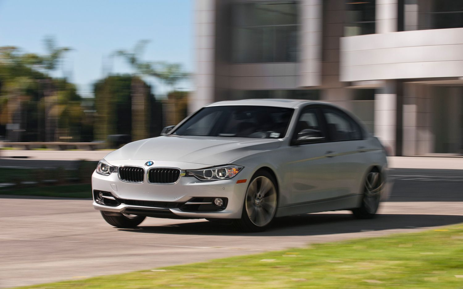 Total Victory: The BMW 328i is Better Than the BMW 335i