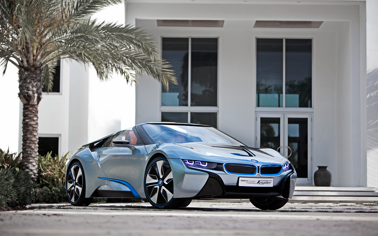 Bmw I8 Concept Spyder First Look Motor Trend