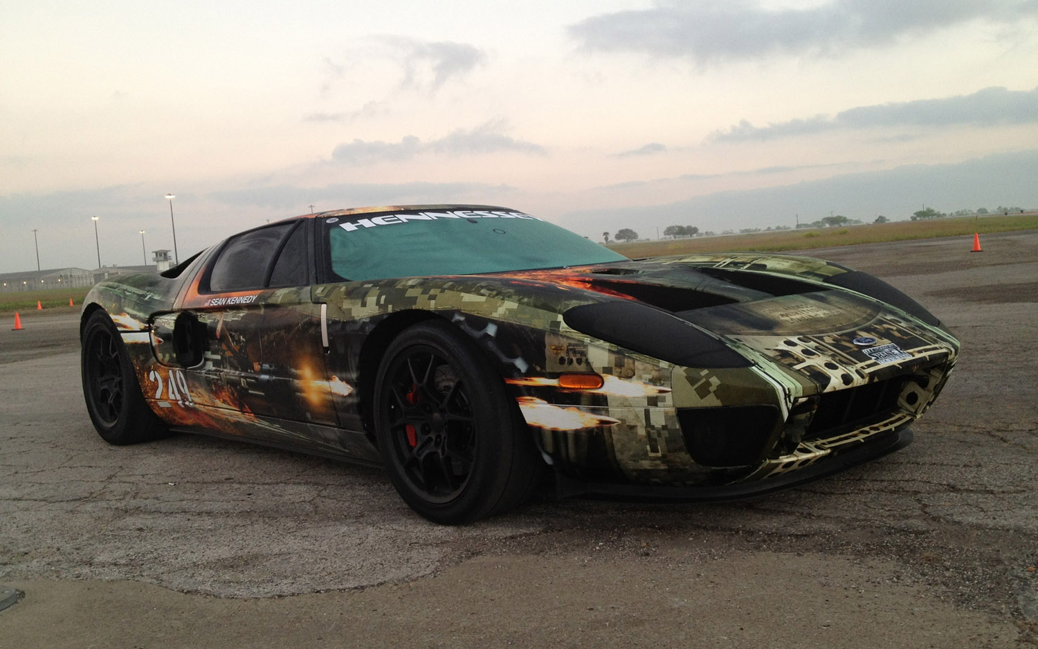 Video Find Twin Turbo Ford Gt Breaks Standing Mile Texas Mile World Records Hits   Mph