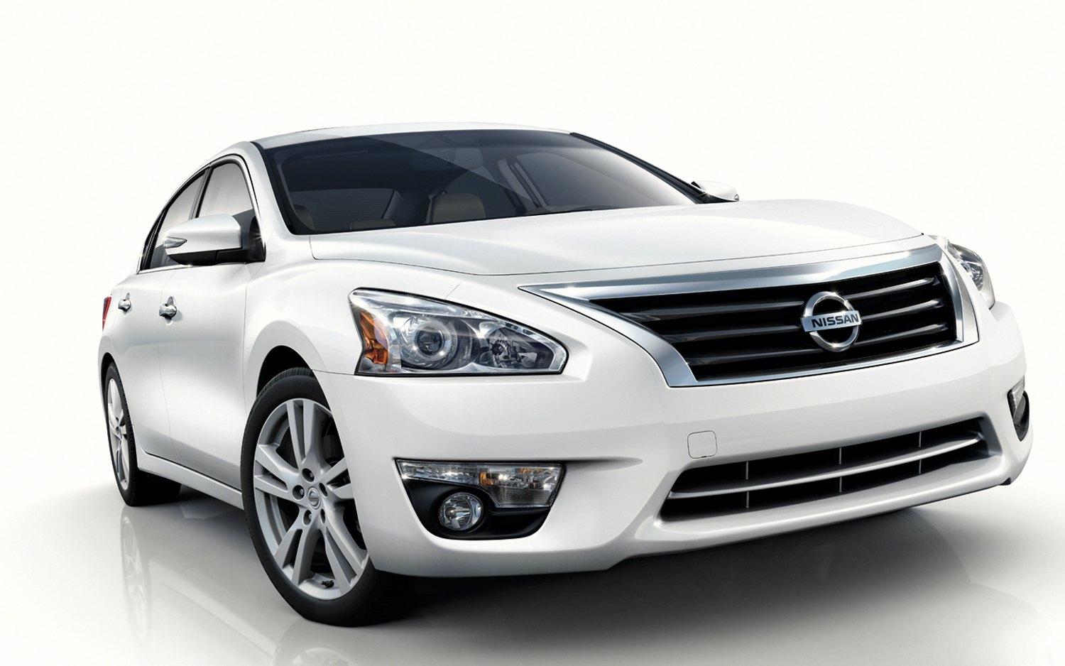 hyundai sonata used as reference point for 2013 nissan altima rh motortrend com Training Quick Reference Guides Quick Reference Guide Template
