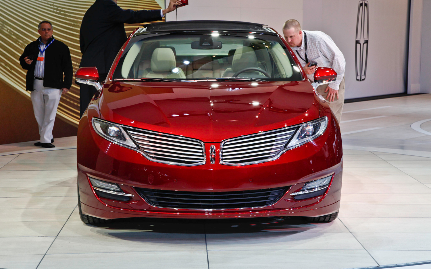 2013 Lincoln Mkz Motor Trend