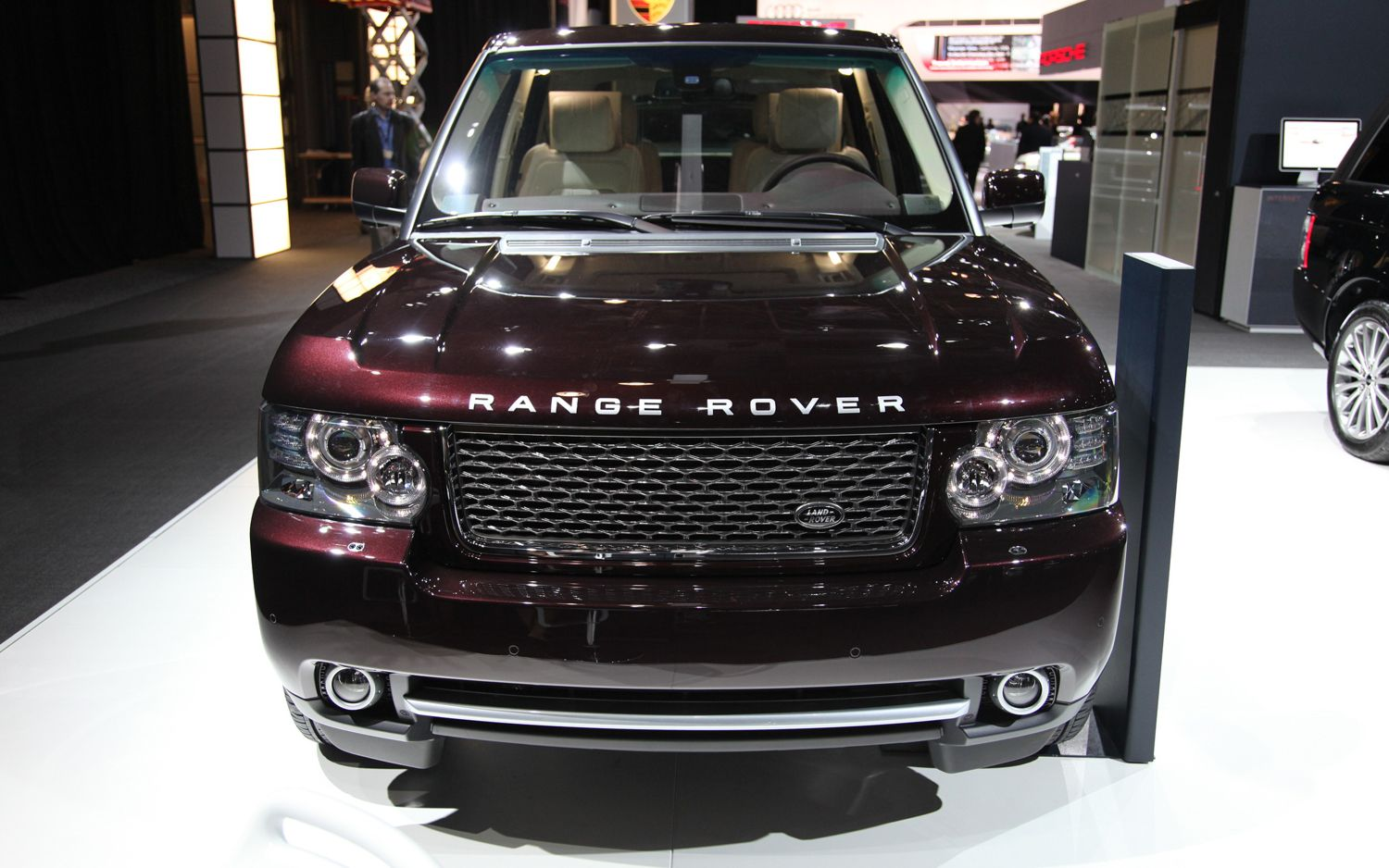 We Hear: Land Rover Planning Ultra-Lux Range Rover to Fight Bentley ...