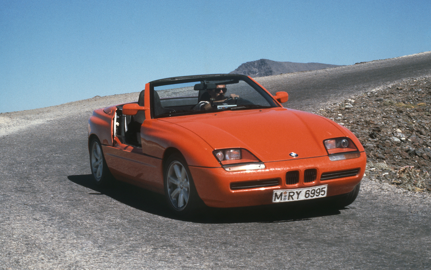 Z First Celebrating 25 Years Of The Bmw Z1 In Photos Motortrend