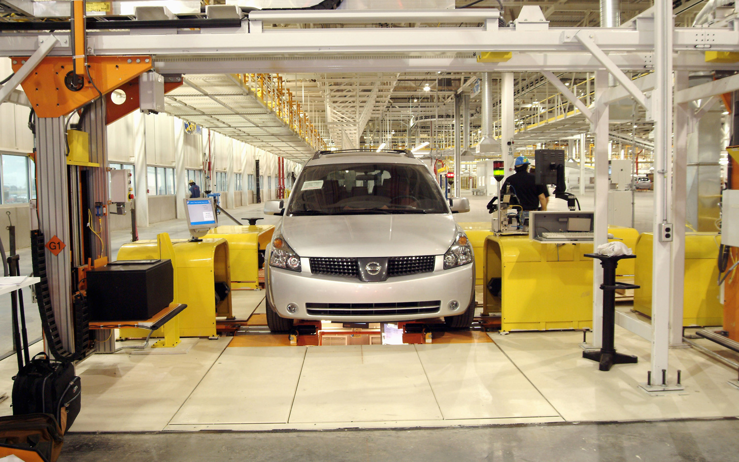 UAW Trying To Unionize Workers At Nissan Plants In Tennessee, Mississippi