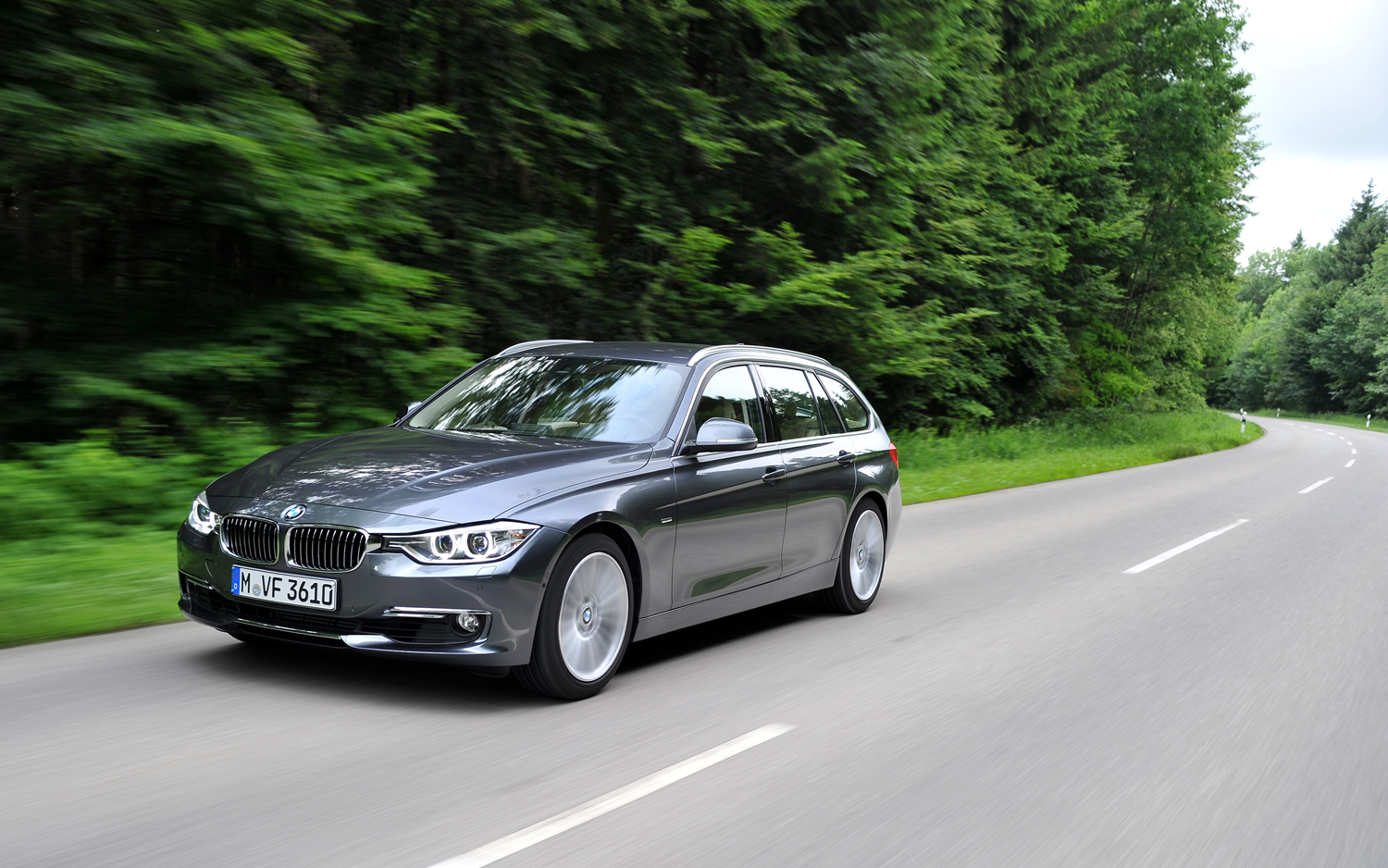 2013 BMW 328i Sports Wagon First Drive
