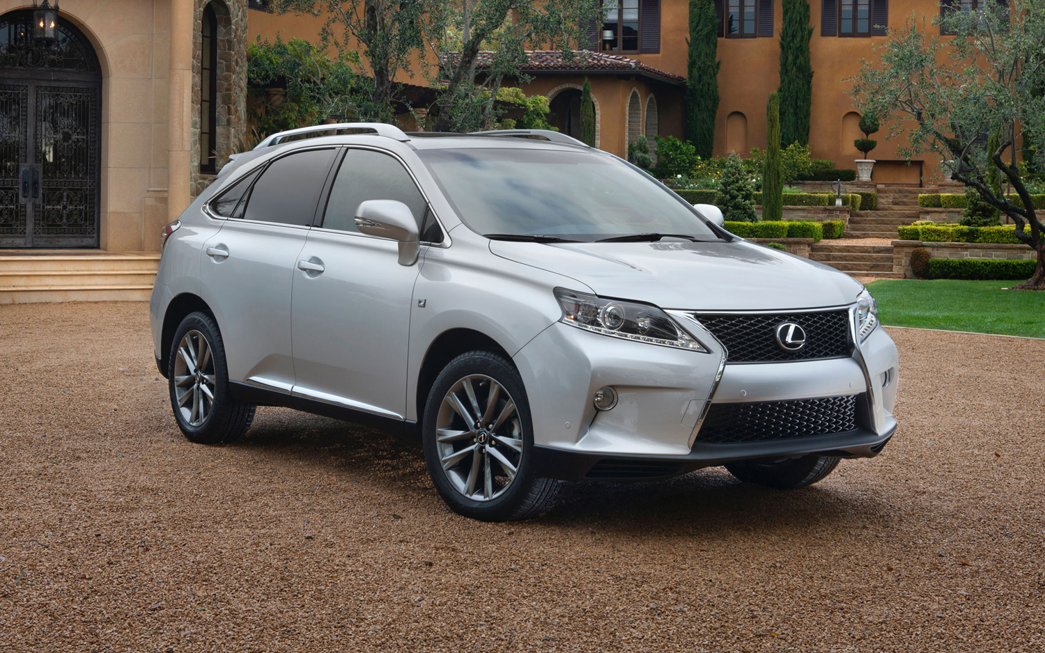 https://enthusiastnetwork.s3.amazonaws.com/uploads/sites/5/2012/07/2013-Lexus-RX-350-F-Sport-front-three-quarter-close-up.jpg?impolicy=entryimage