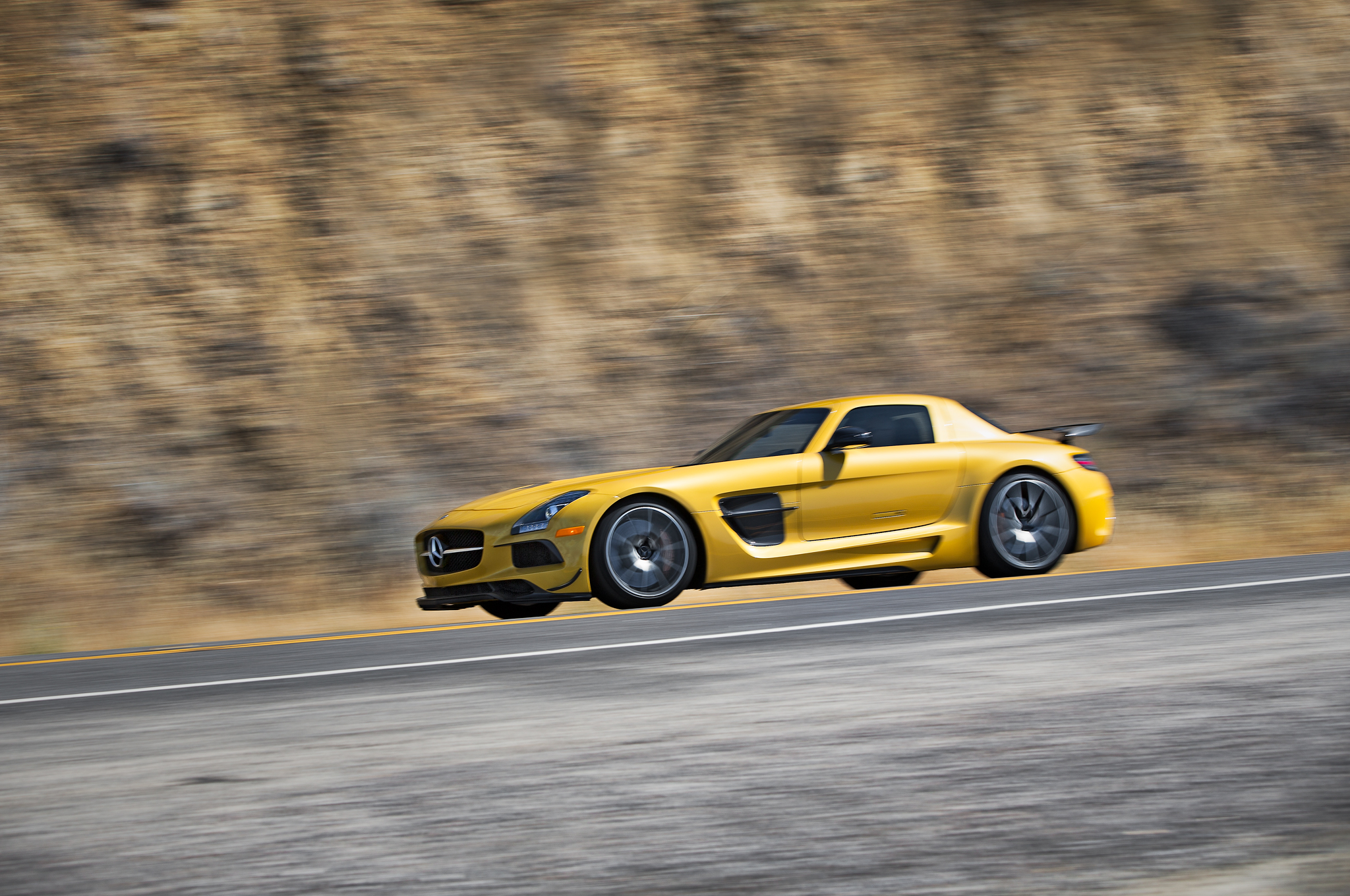 2014 Mercedes Benz SLS AMG Black Series   1:35.03