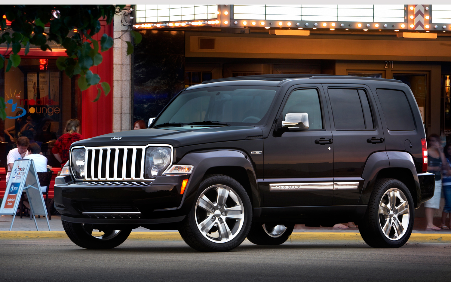 report: jeep liberty production to shut down august 16 - motortrend