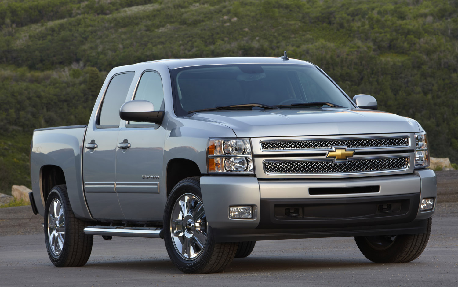 Lux Truck Chevy Silverado High Country Edition May Top 2014