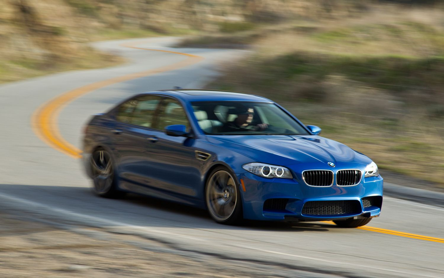 Report Bmw Halts Shipments Of M5 M6 For Faulty Oil Pump Motortrend