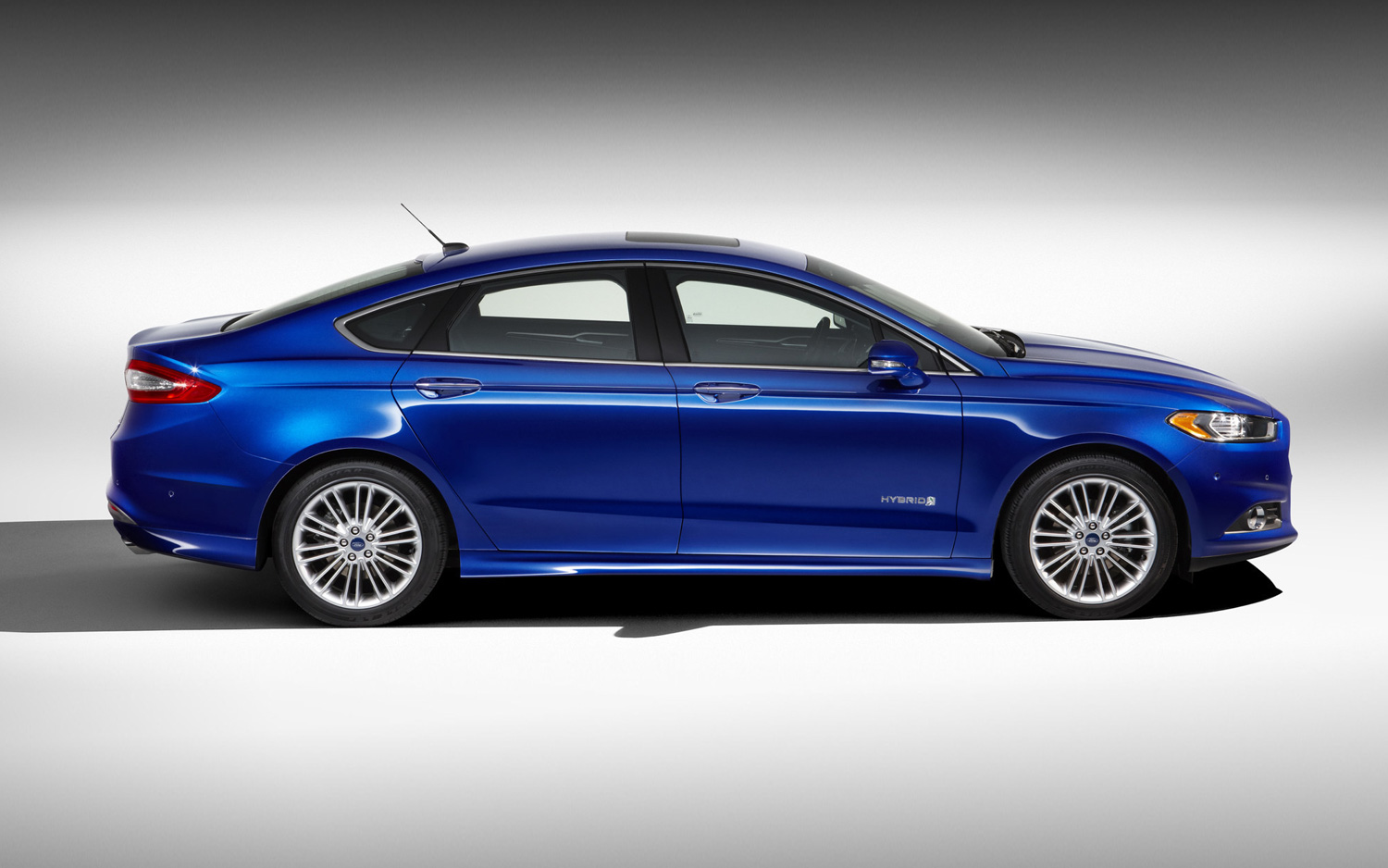 Official 2013 ford fusion hybrid returns 47 47 47 mpg