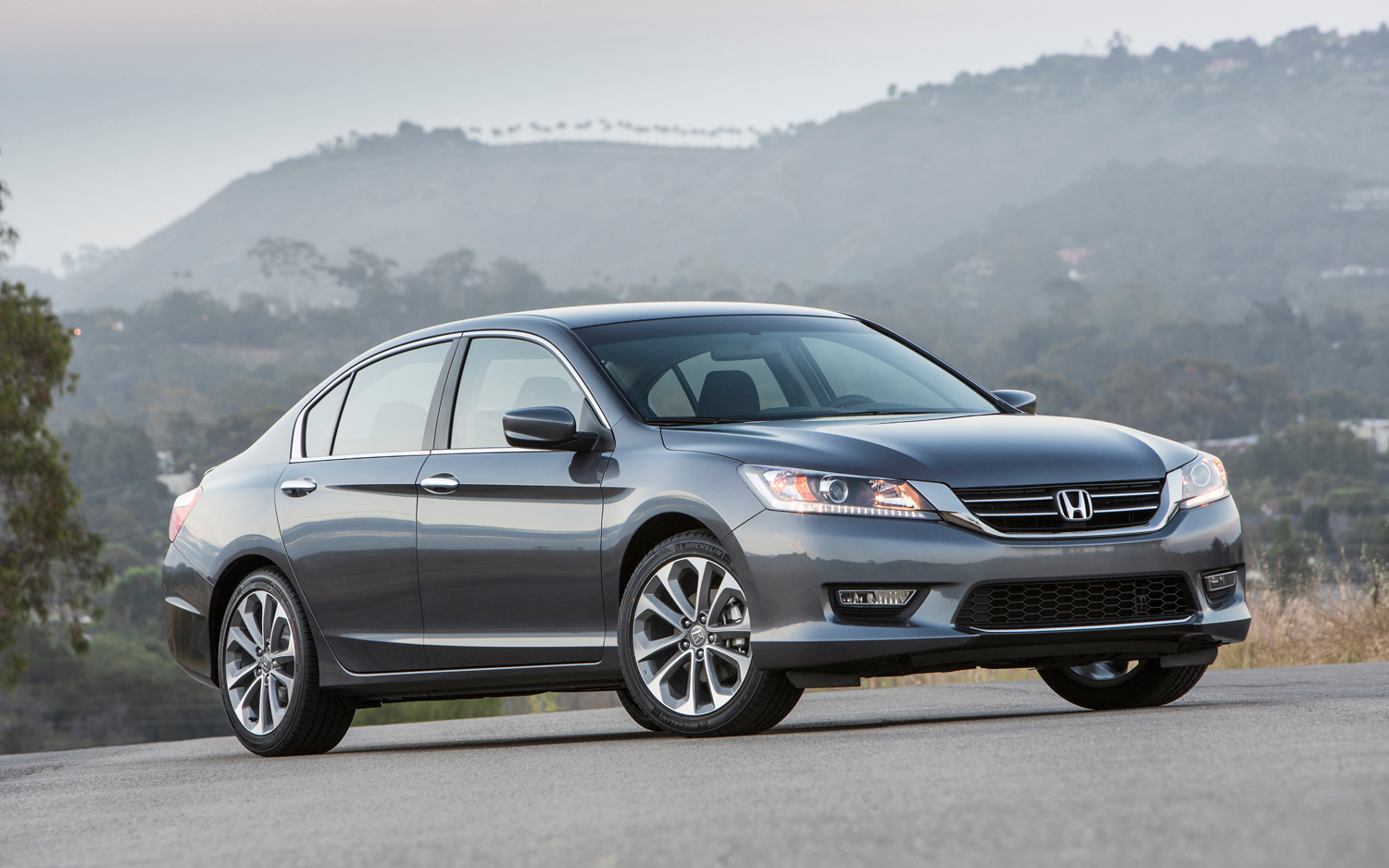 2013 Honda Accord LX sedan: $22,470-6M, $23,270-CVT