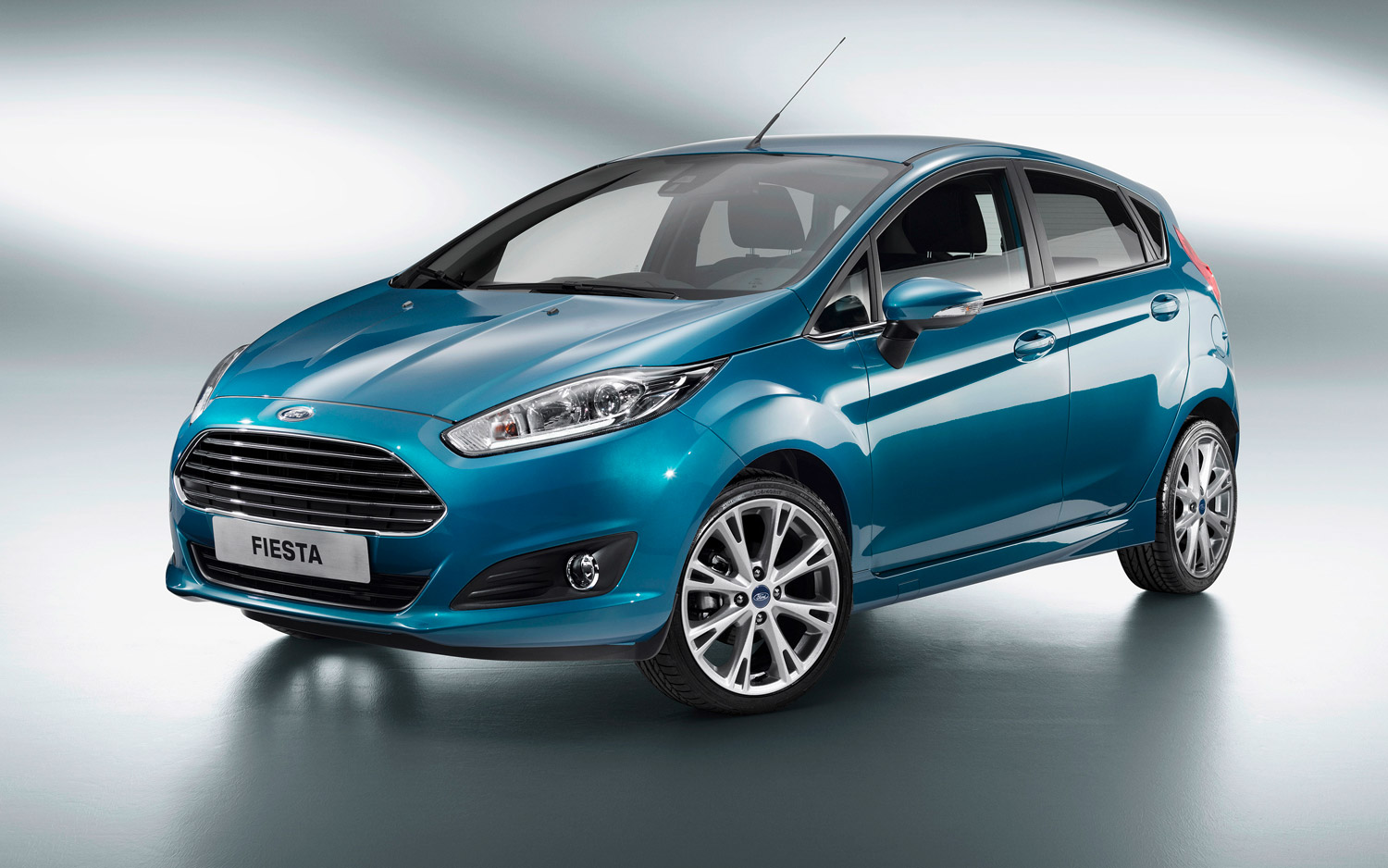 2014 Ford Fiesta Gets Aston Like Grille 10l Ecoboost But Not Two 12 Doors