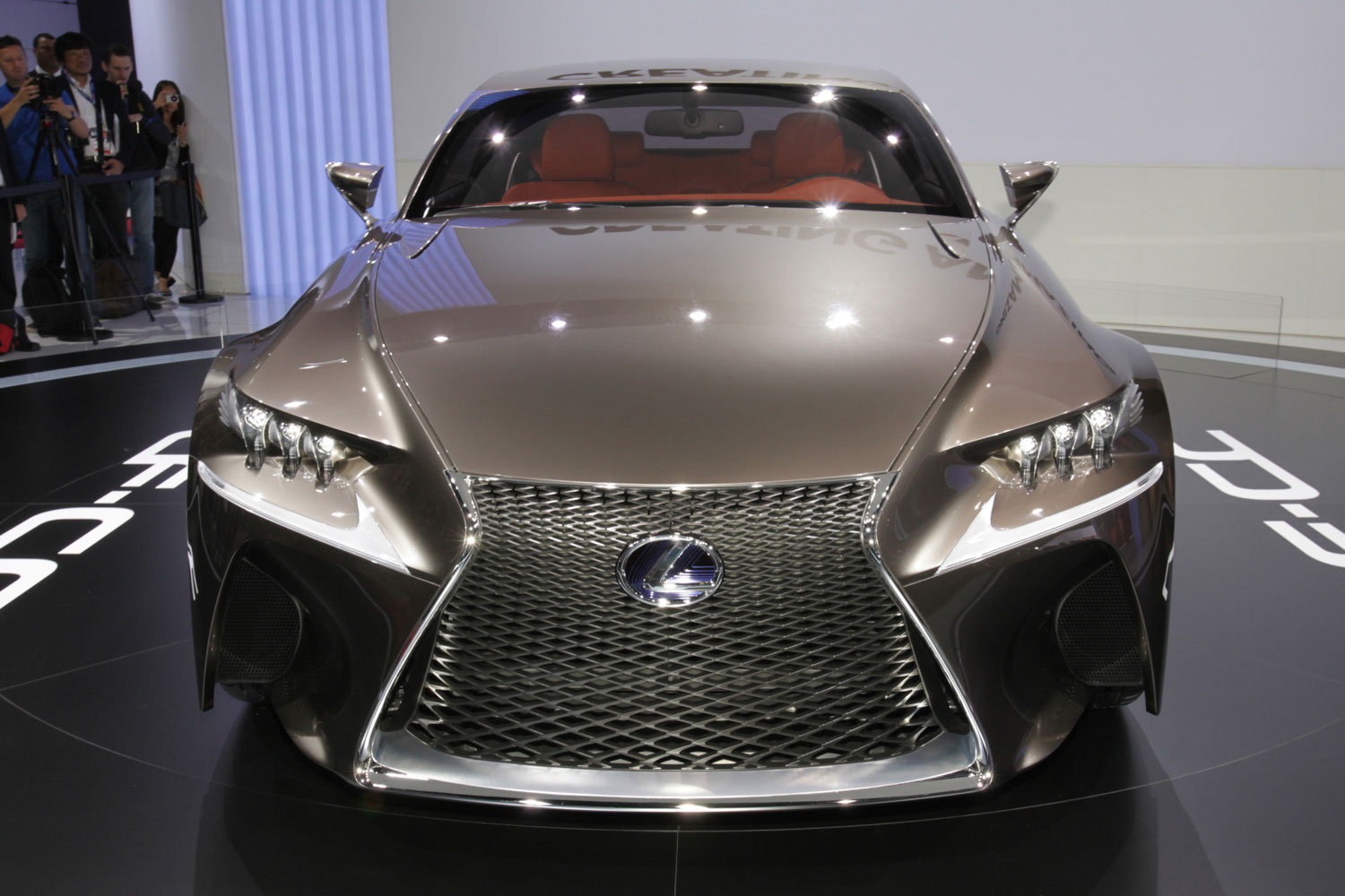 https://enthusiastnetwork.s3.amazonaws.com/uploads/sites/5/2012/09/Lexus-LF-CC-concept-front-view.jpg?impolicy=entryimage