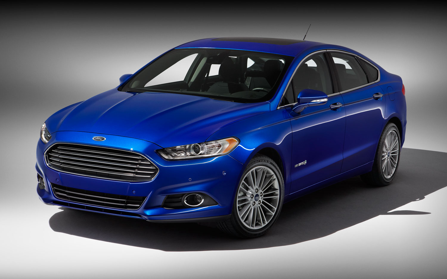 2013 ford fusion hybrid titanium priced at 32995 same as fusion ecoboost awd