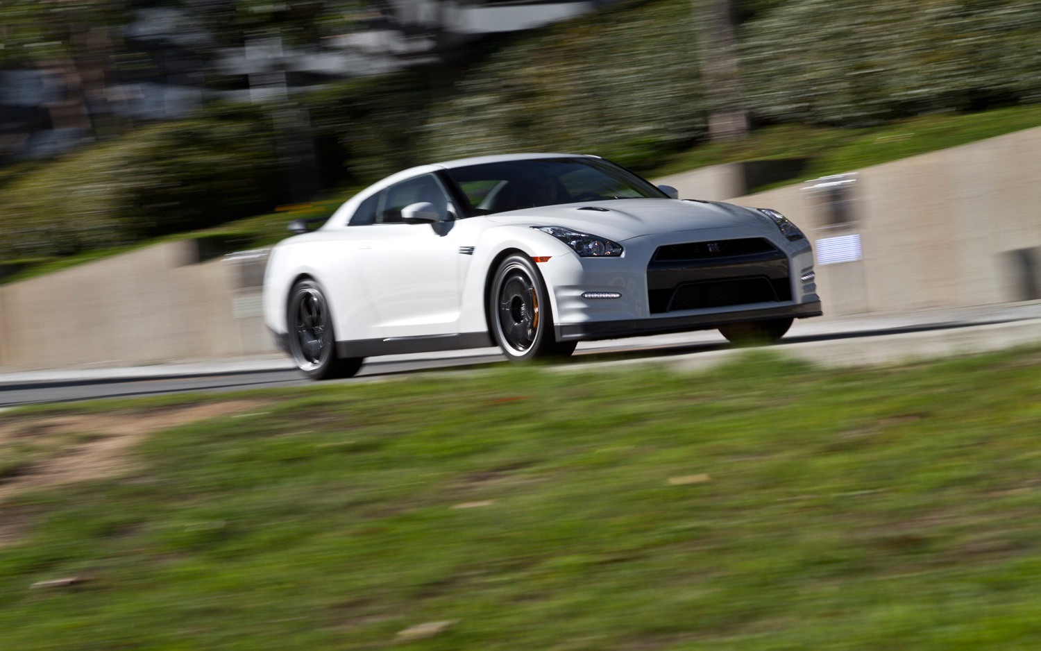 2013 Nissan Gt R Black Edition Long Term Update 4 Motor Trend Lincoln Town Car Lowrider