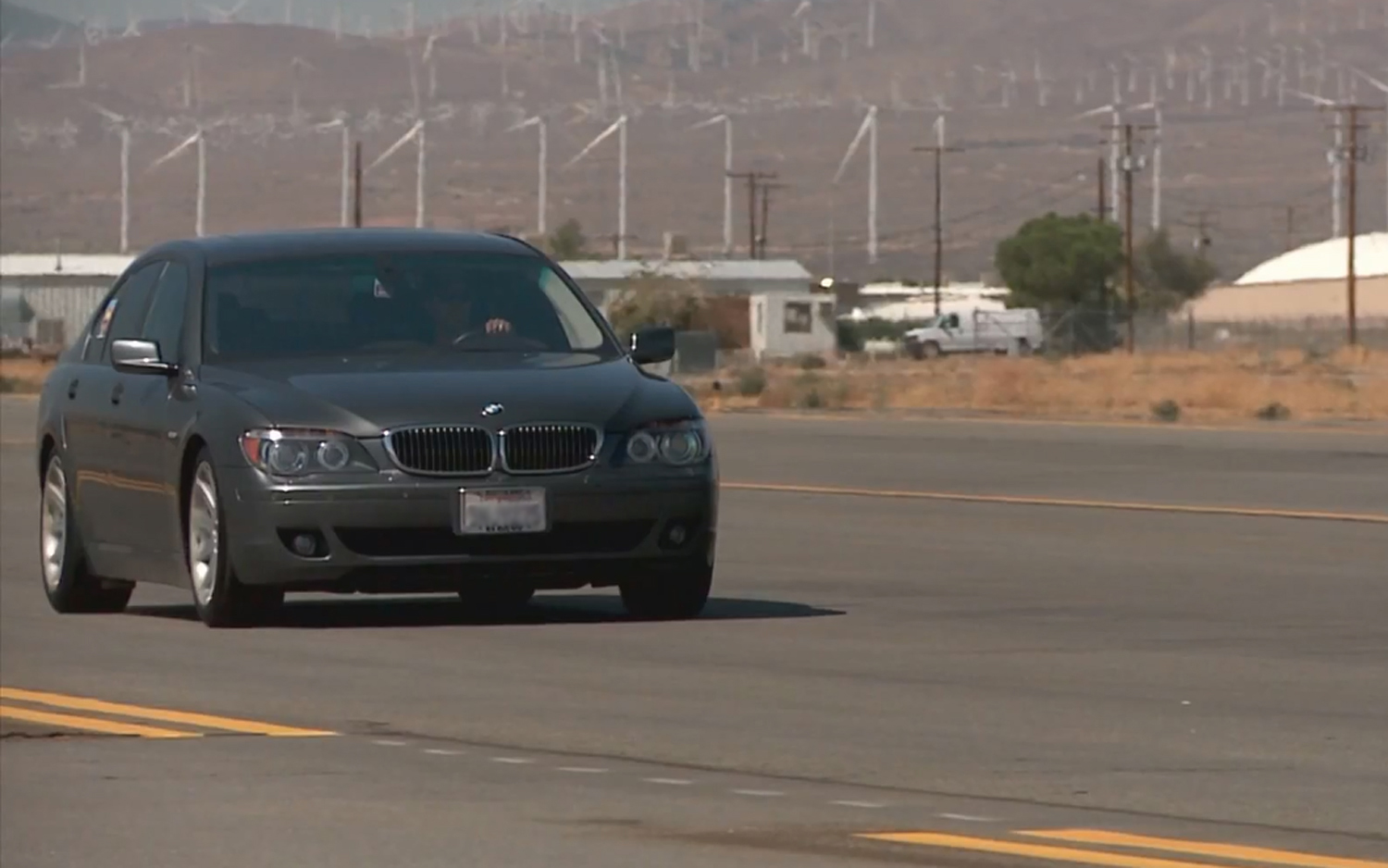 Chasing Top Speed at the Mojave Mile in a 2006 BMW 750i on New Wide ...