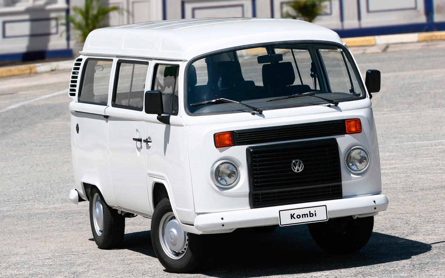 End Of An Era Volkswagen Kombi Van To Cease Production After 63